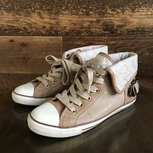 ALDO casual shoes -size 7.5. Very new!